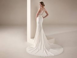 flyoutMenu_0001_pronovias-privee